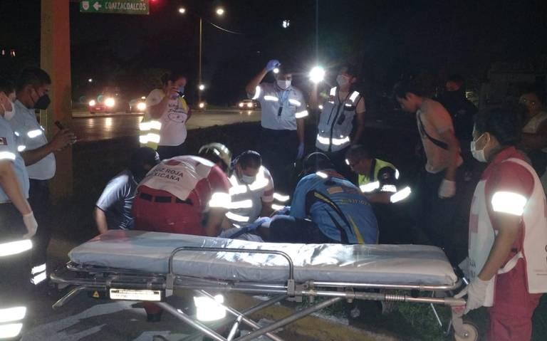 Motociclista derrapa en Cárdenas, resultando con múltiples heridas