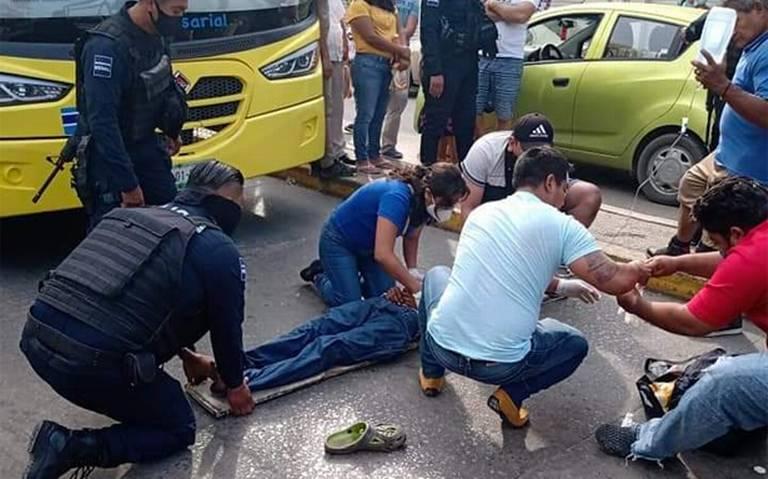 Arrolla camión a joven ciclista en Cárdenas