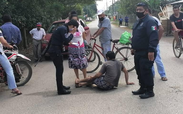 Dejan a copiloto abandonado tras choque en Cárdenas