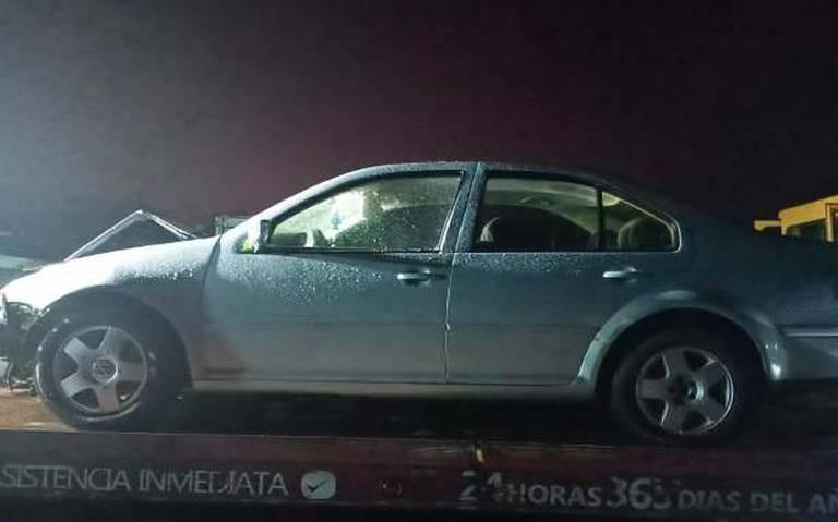Recuperan auto robado en El Desecho, Huimanguillo